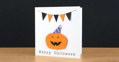 Make a scary or funny Halloween card
